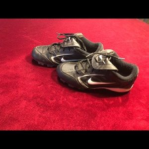 Nike cleats women's size 8.5